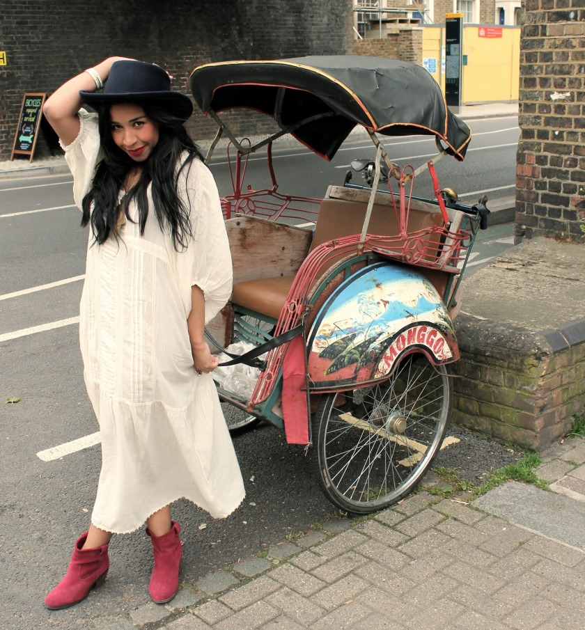 girl with rickshaw
