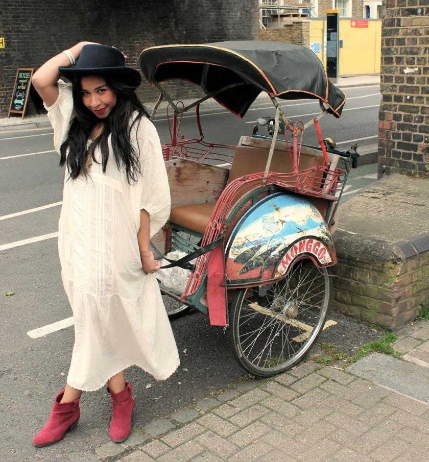girl with rickshaw